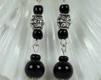 Black silver dangle drop earrings pierced for woman