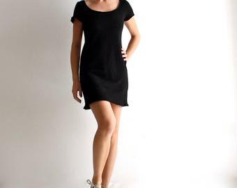 Little black dress, mini dress, sporty dress, casual dress, short sleeve dress, day dress, sexy dress, T shirt, jersey dress, basic dress