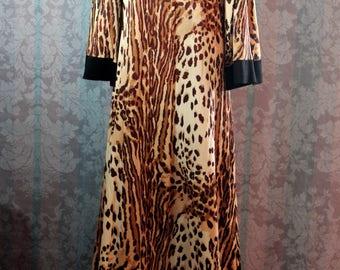 Sz S-M Tall Vintage 70s Animal Print Maxi Dress