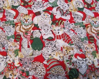 CHRiSTMAS SANTA CATS FESTiVE FUNNY Cotton QUiLTING and CRAFTiNG FABRiC **Please see last photo**