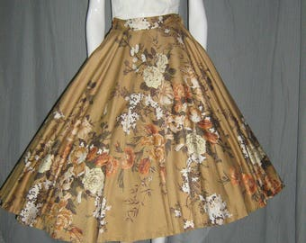 1950's Roses Flowers Bouquet Gold Polished Cotton Circle Skirt with crinolin xs small 24 Waist Rockabilly VlV