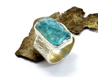 Silver raw apatite ring, rough apatite crystal, sterling silver artisan ring - textured wide band, statement ring blue gemstone size 7.75