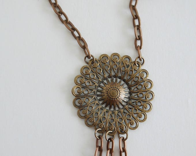 antique copper necklace with filigree center, where you can attach charms, romantic, victorian style, vintage, sweet, shabby chic, retro
