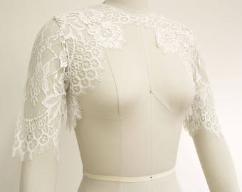 Swan Queen Bridal Chantilly Lace Bolero Shrug pale ivory off white XS S