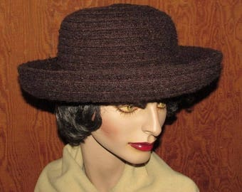 Women's Vintage 1980s Brown Fedora, Toucan Rolled Brim Hat, Chocolate Brown Hat, Size Large - XL