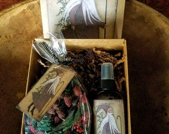 Holiday Gift Box ~  Holiday Rose hip potpourri , Room & Linen spray