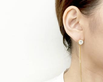 Lumière - Gold plated Signature Single-Sided Earrings Studs Slim Stick Drop with White Howlite Marble