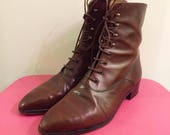 Vintage 80s lace up boots by COLE HAAN US Size 6 1/2  Made in Italy