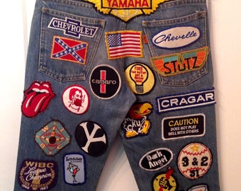 Vintage 70s Levi's 517 bell bottoms denim jeans with patches