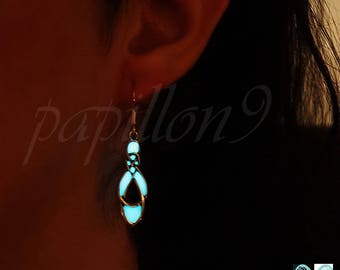 Celtic Knots Earrings / Celtic Earrings / Sterling silver Earrings / GLOW in the DARK / Silver Earrings /