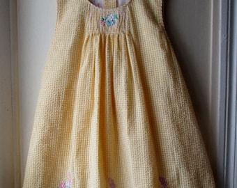 ON SALE Girl's Vintage Sundress / Sunny Yellow & White Gingham Seersucker Dress with Ric Rac Trim / Samara Dress Girl's size 6
