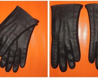 Unworn Vintage Gloves 1960s 70s Black Textured Vinyl Nylon Gloves Faux Leather Mod Made in Japan M L