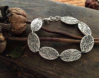 heart bracelet   botanical jewelry   folk bracelet   link bracelet    flower bracelet   hearts and flowers   Where Love Grows Link Bracelet