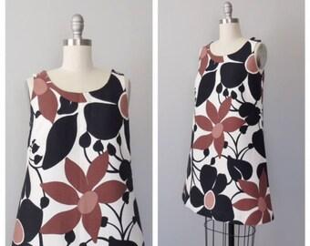 vintage 1960s cotton tent dress / sundress size small