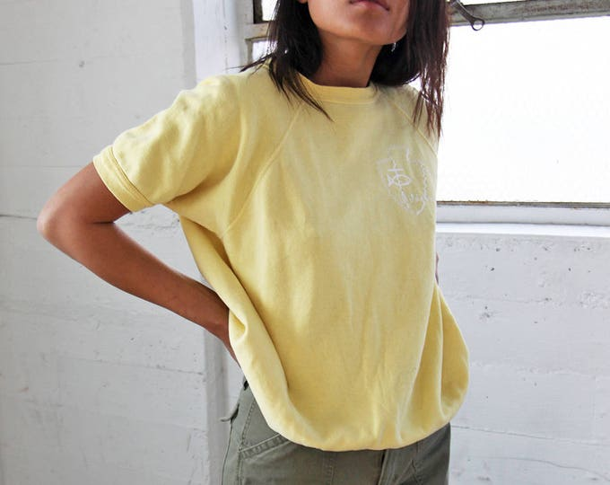 1960s Pale Yellow Raglan Short Sleeve Sweatshirt