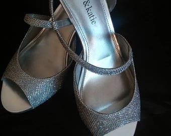 Kelly & Katie/Women's Shoes/Slingback/Silver/Glitter/Size 7M/Excellent Condition