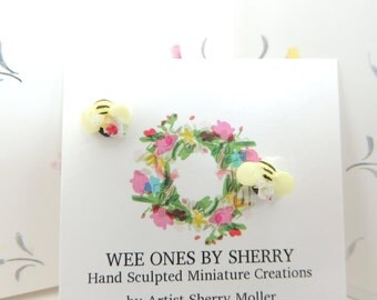 Wee Lovely Little Bumble Bees  Miniature Figurine