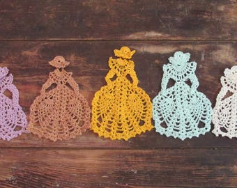Southern Belle Doilies
