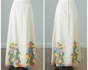 1970s Floral Embroidered White Maxi Skirt