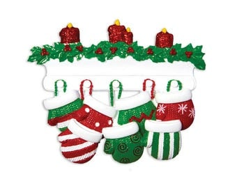 FREE SHIPPING 7 Red and Green Mittens Personalized Ornament / Personalized Family Christmas Ornament / Large Family Ornament / Grandparents