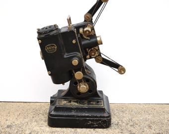 Vintage Movie Projector Ampro Precision Pat Pending Old Collectible Decor