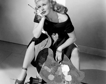 Ginger Rogers in a studio photo from the 1940s.