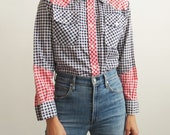 Western Gingham Shirt // Small to Medium 1970's Cotton Gingham Print Shirt // Women's Vintage Clothing