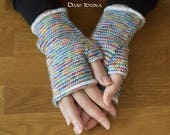 Knitted, fingerless gloves in different colours and designs / Autumn and Winter Fashion / Every pair is unique