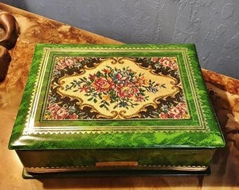 ON SALE - Vintage Green Faux Marble with Embroidered Material Mirrored Lid Jewelry Box