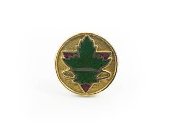 Vintage Green, Maple Leaf Pin, Enamel, Gold Tone, STR97