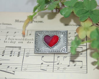 Vintage Heart Pin Brooch - Silver Tone Pin - Valentine Pin - Sweetheart Pin