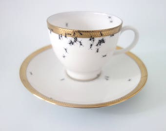 """tea cup """"Chitins Gloss"""" vintage porcelain handpainted with ants"""