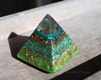 Orgonite® Pyramid Orone Pyramid Fluorite Crystal  Green  Balance, Harmony. Protection. Positive Energy, EMF Protection