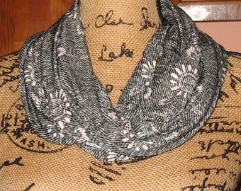 Scarf,  Infinity Pocket Scarf, travel scarf, zipper scarf, money pocket scarf, cell phone pocket