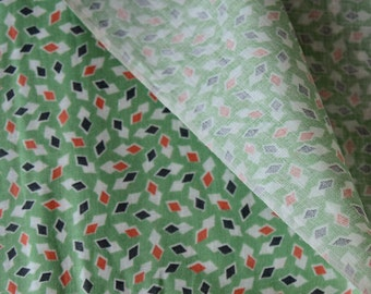 """Vintage Fabric 1920s Deco BTY 34"""" Wide Green Geometric Cotton - 143-B5"""