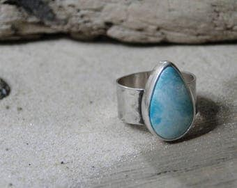 White Water Turquoise Ring, Genuine Turquoise, Turquoise Jewelry, Turquoise Ring, Wide Band, Hammered Band, Sterling Silver, Size 8