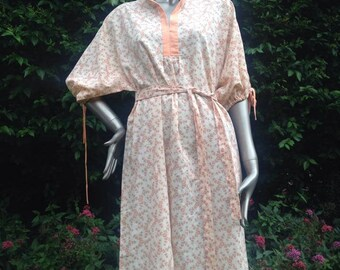 Vintage 1970s hand made brown and orange cotton nightie, night dress. Festival or summer dress. Mandarin collar.
