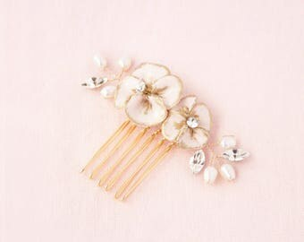 Gilded Blossoms Petite Comb Gold, Wedding Hair Accessories, Hair Combs, Hair Accessories, Gold Hair Accessories, Bridal Comb, Gold Hair Comb