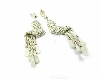 Barabell earrings in solid silver weave for women