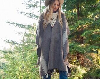 70s Wool Poncho Cape, Hand Woven Shawl, Mexican Blanket Poncho, Southwestern Shawl Collar Sweater, Fall Winter Boho Fringed Shawl