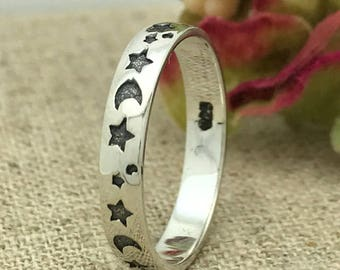3mm Moon & Star Silver Ring, Custom Promise Ring for Her, Purity Ring, Coordinates Ring, Groomsmen Ring, Date Ring, Couple Initials Ring