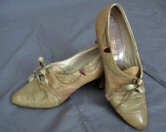 1920s Leather Shoes / 20s Tan Leather Oxford Shoes / Lothrops-Farnham Co.