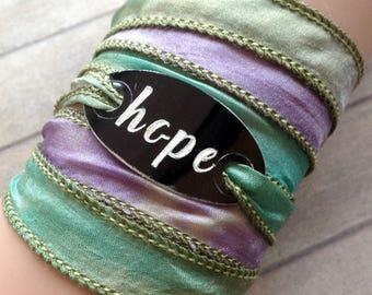 silk wrap bracelet- silk ribbon bracelet-boho-silk wrap-ruband de soie-seidenband-, HOPE #192