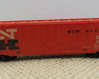 TYCO HO Gauge New Haven 35688 Boxcar Collectible Model Train Railroad