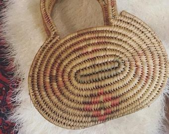 Vintage Woven Market Bag / Boho Wicker Basket Bag / Bohemian Basket Purse