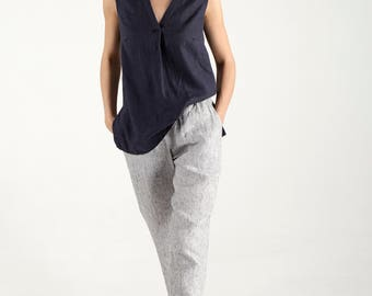 Charcoal Linen Tank Top / Linen V-Neck Top / Charcoal Linen Blouse / Charcoal Linen Top / Sleeveless Linen Top / Linen V-Neck Tank