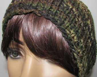 Knitted Essential Beanie in Camo