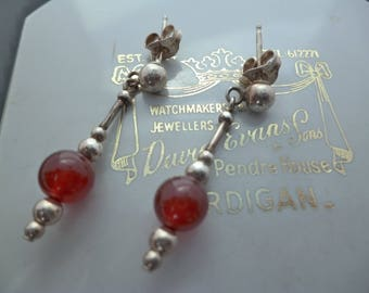 """A stunning silver and red bead dangle earrings - 925 - sterling silver - 1.25"""""""
