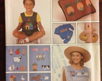 Simplicity 9078 - 1980s Applique Craft Collection