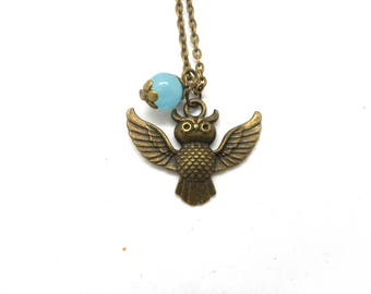 Little OWL necklace natural Pearl blue